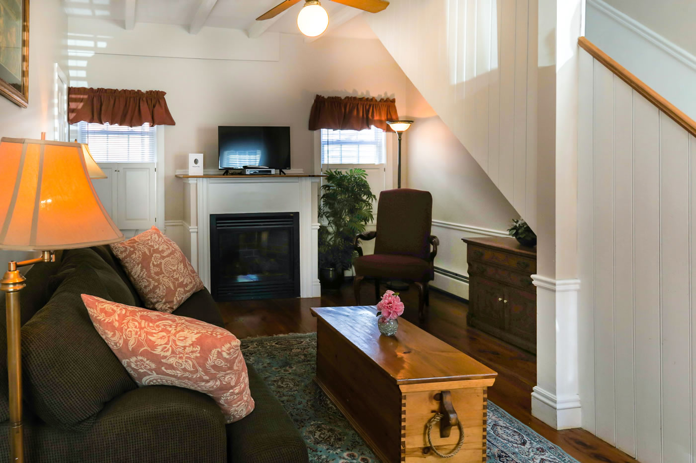 Two Room Bridal Suite Townhouse Suite